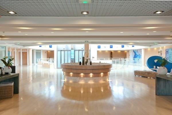 (fictif) - Hôtel Vichy Spa Les Célestins 5* Vichy France Auvergne