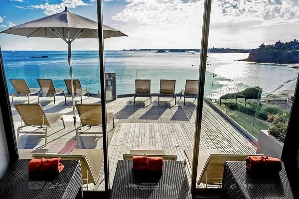Vue panoramique - Hôtel Novotel Dinard Thalassa Sea & Spa 4* Dinard France Bretagne
