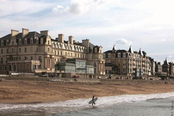 Plage - Hôtel Grand Hôtel des Thermes 5* Saint Malo France Bretagne