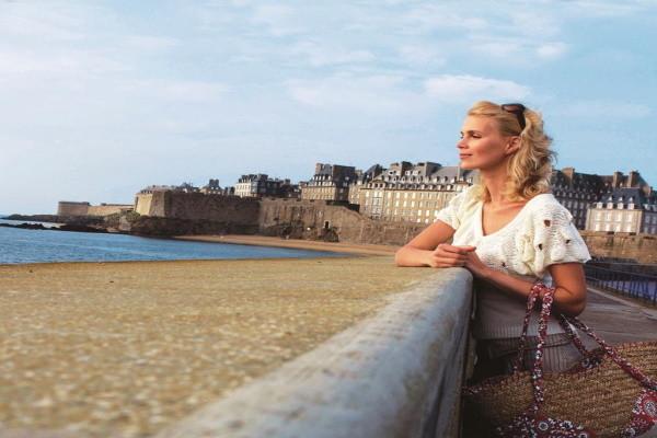 Plage - Hôtel Le Nouveau Monde 4* Saint Malo France Bretagne