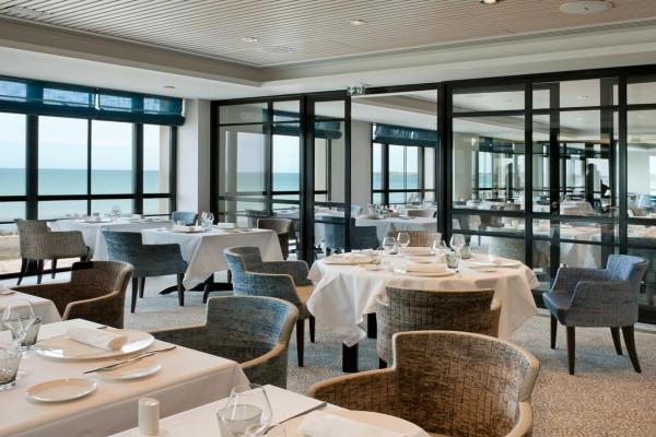 Restaurant - Hôtel Le Nouveau Monde 4* Saint Malo France Bretagne