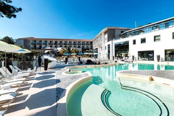 Piscine - Hôtel THALAZUR BAINS ARGUINS - PAQUES 4* Arcachon France Cote Atlantique