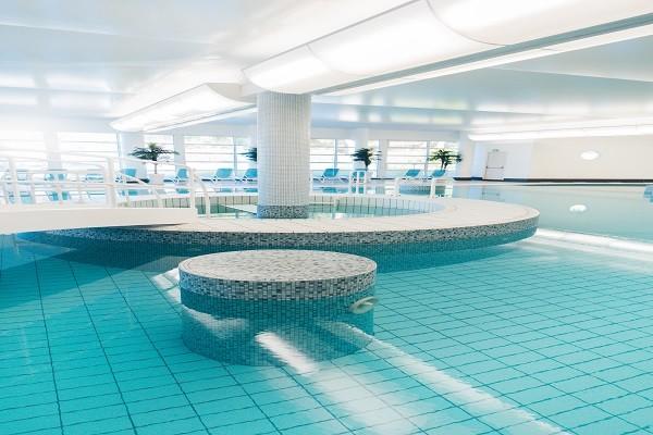 Piscine - Hôtel Alliance Pornic Resort Thalasso & Spa - Vue Littoral 4* Pornic France Cote Atlantique