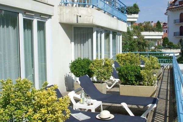 Terrasse - Hôtel Thalazur Hélianthal 4* Saint Jean De Luz France Cote Atlantique