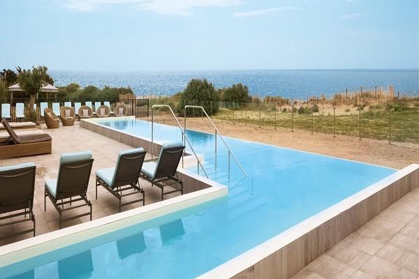 Piscine - Hôtel Atalante Wellness Thalasso & Spa Chambre Premium Vignes 4* Sainte Marie De Re France Cote Atlantique