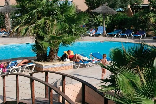 Piscine - Résidence locative Résidence les bulles de mer Saint-Cyprien France Languedoc-Roussillon