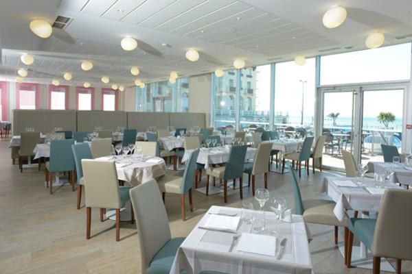 Restaurant - Hôtel De La Baie 3* Donville-les-Bains France Normandie