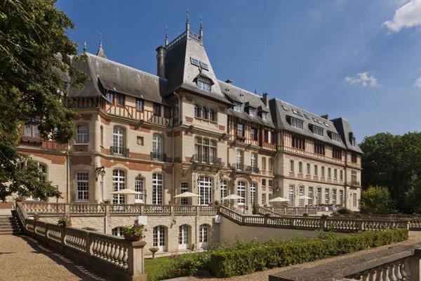 Facade - Hôtel Chateau de Montvillargènne 4* Chantilly France Picardie