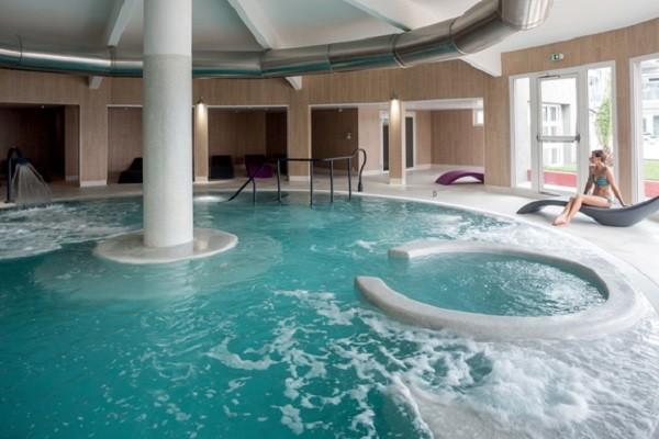 Piscine - Hôtel Thalazur Baie des Anges 4* Antibes France Provence-Cote d Azur