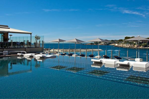 Piscine - Hôtel Ile Rousse Thalazur Bandol 5* Bandol France Provence-Cote d Azur