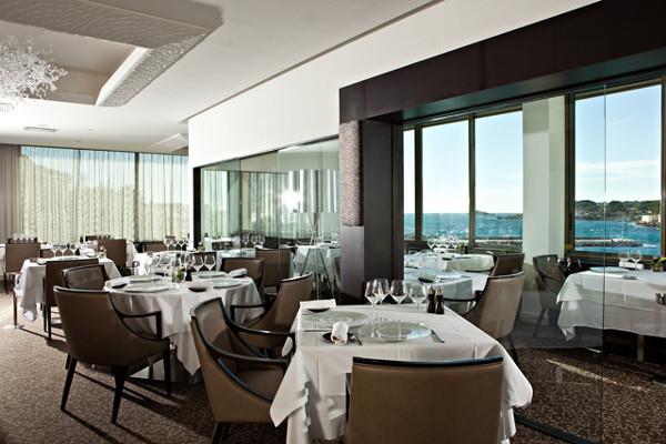 Restaurant - Hôtel Ile Rousse Thalazur Bandol 5* Bandol France Provence-Cote d Azur