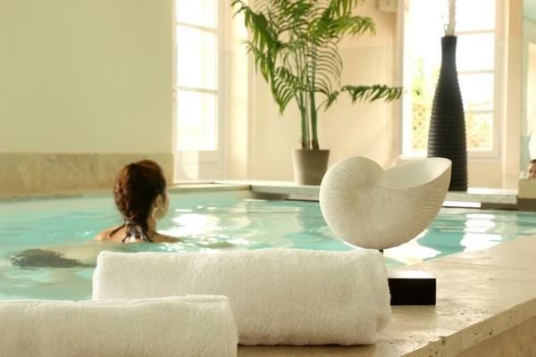 h tel la robey re embrun france provence cote d azur partir pas cher. Black Bedroom Furniture Sets. Home Design Ideas