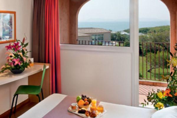 (fictif) - Hôtel Ibis Hyères 3* Hyères France Provence-Cote d Azur