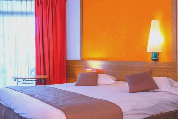 Chambre - Hôtel Garrigae Domaine de l'Esterel 3* Saint Raphael France Provence-Cote d Azur
