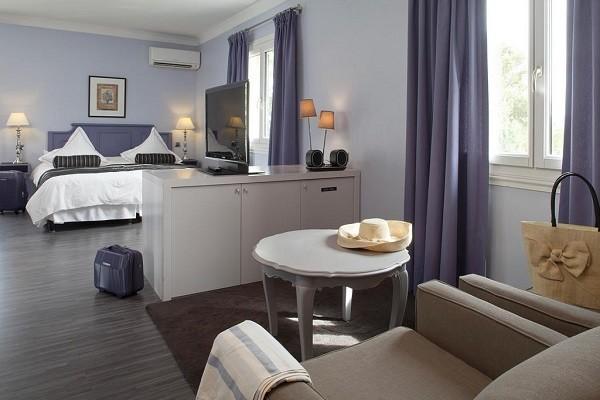 Chambre - Hôtel Le Vallon de Valrugues & Spa 5* Saint Remy De Provence France Provence-Cote d Azur