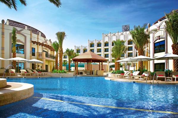 Piscine - Hôtel Rotana Al Aïn 5*