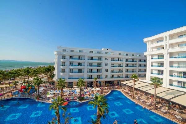 Piscine - Hotel Grand Blue Fafa Resort
