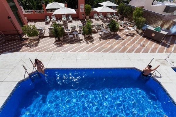 Piscine - Hôtel Fenix 4* Malaga Andalousie