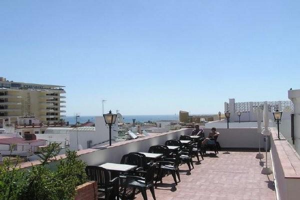 Terrasse - Hôtel Kristal 3* Malaga Andalousie