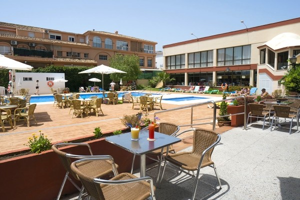 Terrasse - Hôtel Medplaya Balmoral 2* Malaga Andalousie