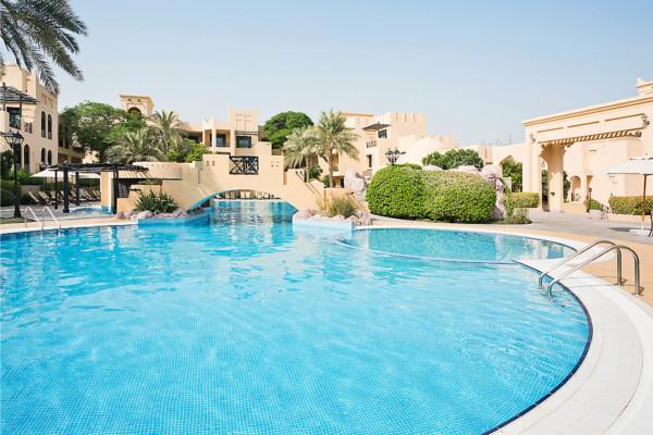Piscine - Novotel Bahrain Al Dana Resort 4* Villes Inconnues Pays Inconnus
