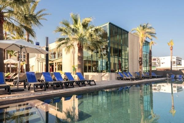 Piscine - Occidental Ibiza 4* Villes Inconnues Pays Inconnus