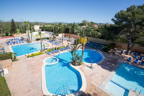 piscine - Castell dels Hams