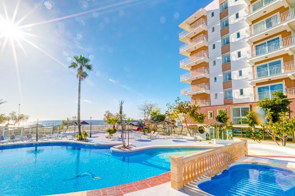 Piscine - Hôtel Playa Moreia  3*