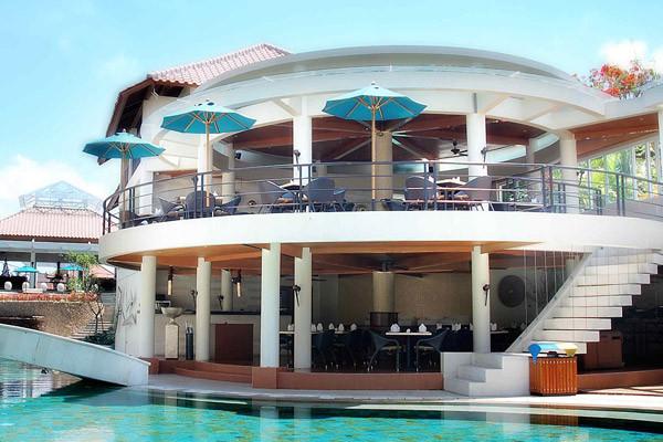 Bar piscine - Away Bali Legian Camakila