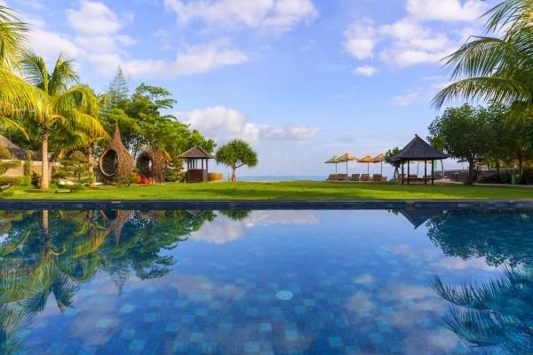 Piscine - Adiwana Svarga Loka/Holiday Resort Lombok/Bali Prime Villas