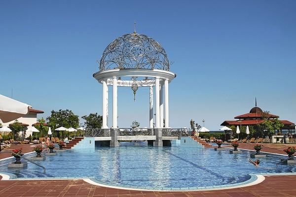 Piscine - Hôtel Helena Sands 5* Burgas Bulgarie