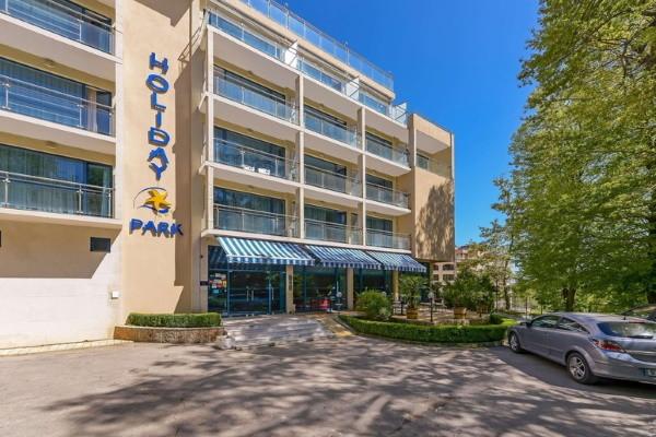 Facade - Hôtel Top Clubs Holiday Park 4* Varna Bulgarie