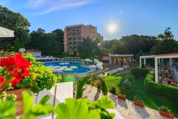 Piscine - Hôtel Madara Park Hotel 4* Varna Bulgarie