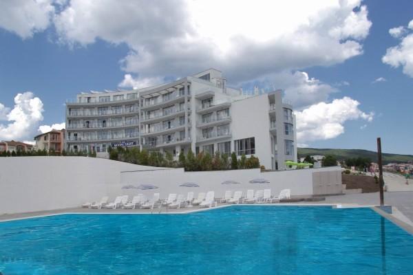 Piscine - Hôtel Moonlight 5* Varna Bulgarie