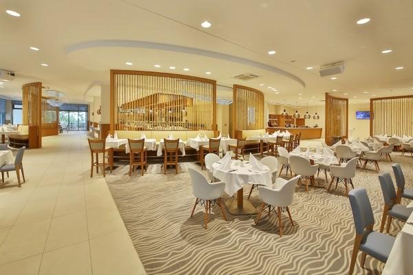 Restaurant - Hôtel Maritim Hôtel Paradise Blue Albena 5* Varna Bulgarie