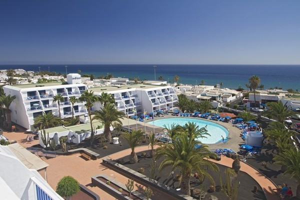 H tel appart h tel los hibiscos lanzarote arrecife for Appart hotel week end