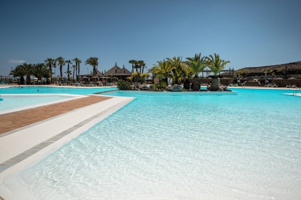 Piscine - Beatriz Costa Teguise & Spa