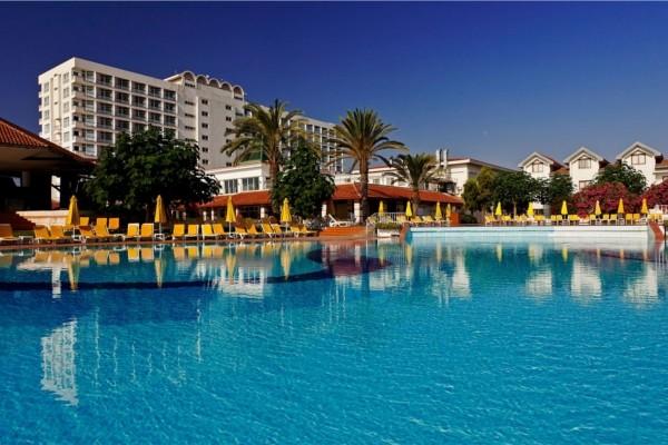 Piscine - Hôtel Salamis Bay Conti & Casino 5*