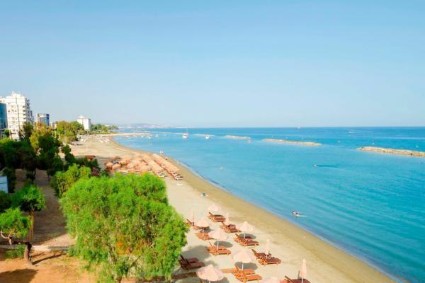 Plage - Hôtel Kapetanios Limassol 3* Larnaca Chypre