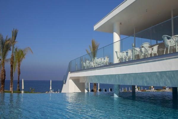 Piscine - Hôtel King Evelthon Beach & Resort 5* Paphos Chypre