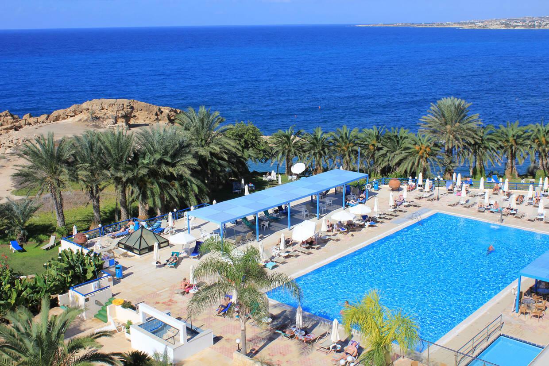 Piscine - Hôtel Queen's Bay 3* Paphos Chypre