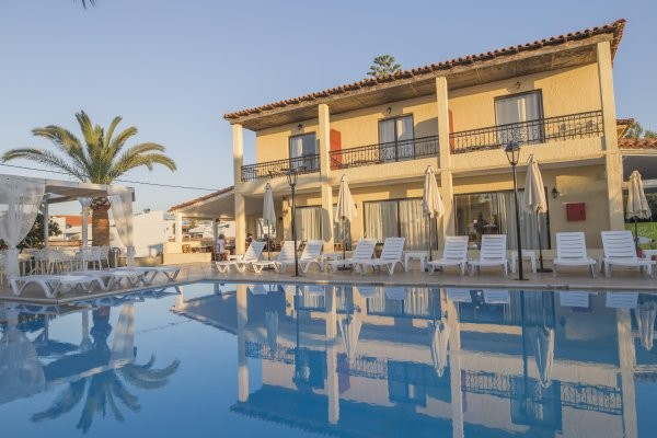 Piscine - Hôtel Creta Residence 3* Heraklion Crète