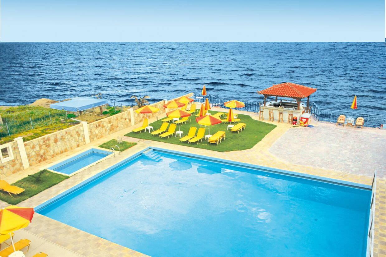 Piscine - Hôtel Ekavi Beach 3* Heraklion Crète