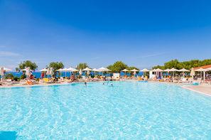 Vacances Anissaras: Club Framissima Zorbas Village & Aqua Park