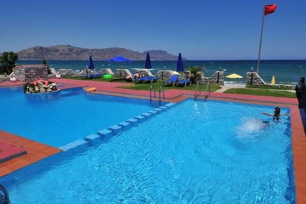 Piscine - Hôtel Mari Beach 3* Heraklion Crète