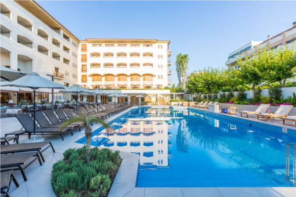 Piscine - Theartemis Palace 4*