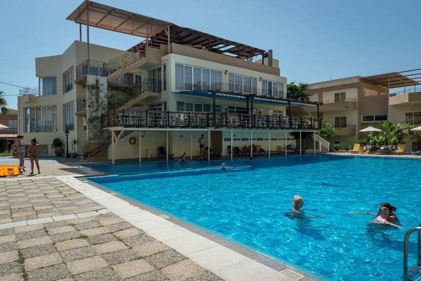Piscine - Hôtel Kavros Beach 3* La Canée Crète