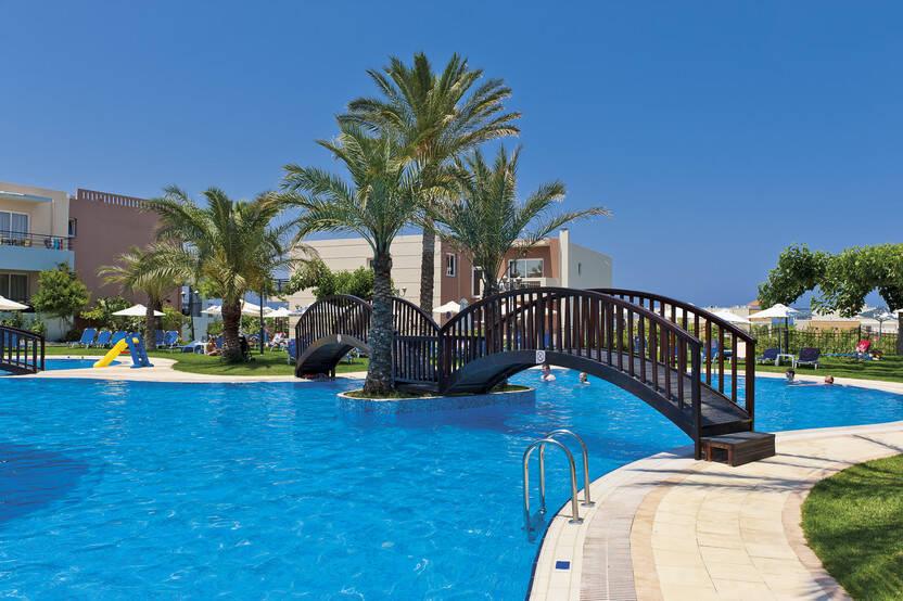 Piscine - Hôtel Selini Suites 4* La Canée Crète