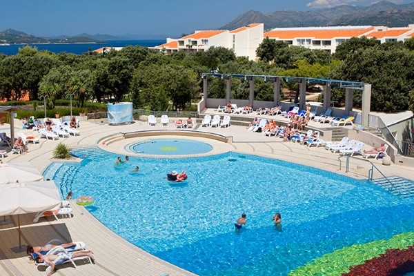 Piscine - Hôtel Tirena Sunny by Valamar 3*