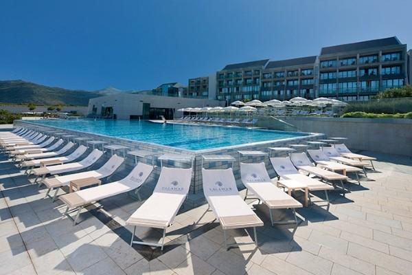 Piscine - Hôtel Valamar Lacroma 4* Dubrovnik Croatie